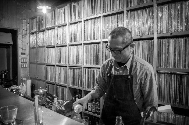 Tokyo-Jazz-Blues-Soul-Vinyl-Bar